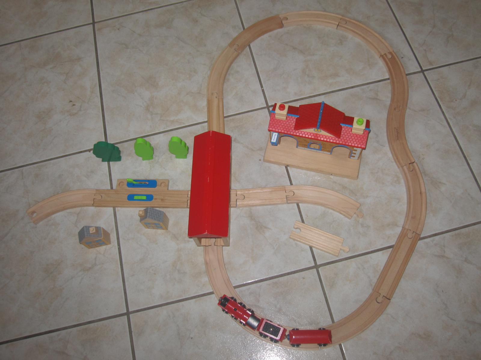 circuit de train en bois it s imagical imaginarium aukazoo. Black Bedroom Furniture Sets. Home Design Ideas