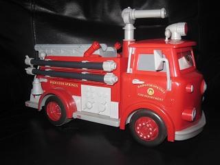 Camion de pompiers red cars interactif mattel aukazoo - Camion pompier cars ...